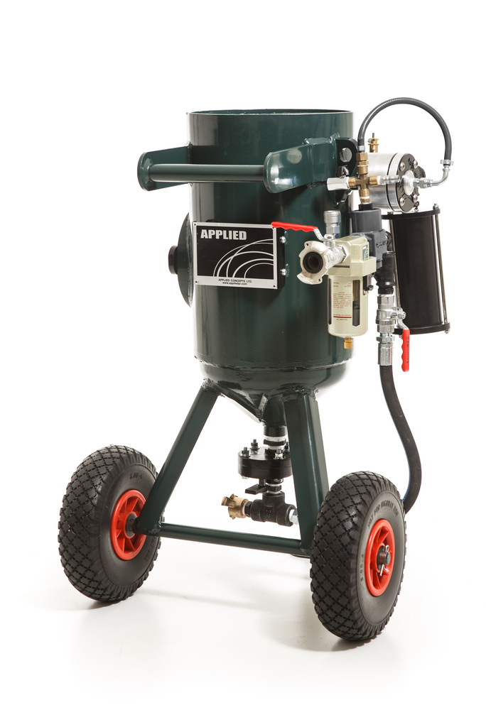 Applied-20-Litre-Blast-Machine-Photo-1